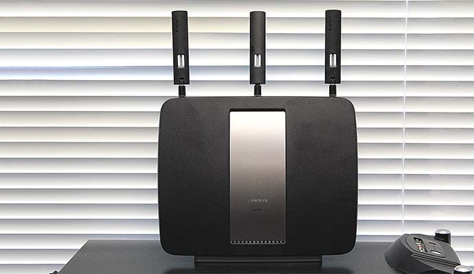 Linksys AC3200 Tri-Band Gigabit Smart Wi-Fi Router (EA9200)