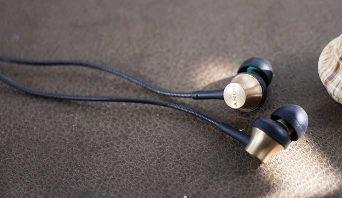Sony MDR-EX650 Earphones, Best Earbuds on Budget in 2021