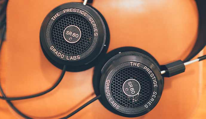 Grado Prestige Series SR125e Headphones - Open-back on ear Headphones of 2018