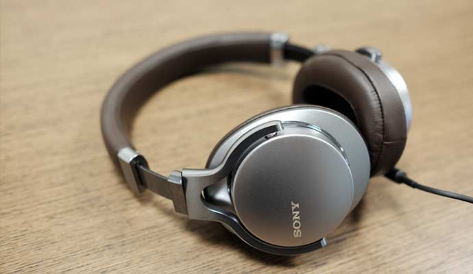 Sony MDR1A - Premium Hi-Res Stereo Headphone 2018
